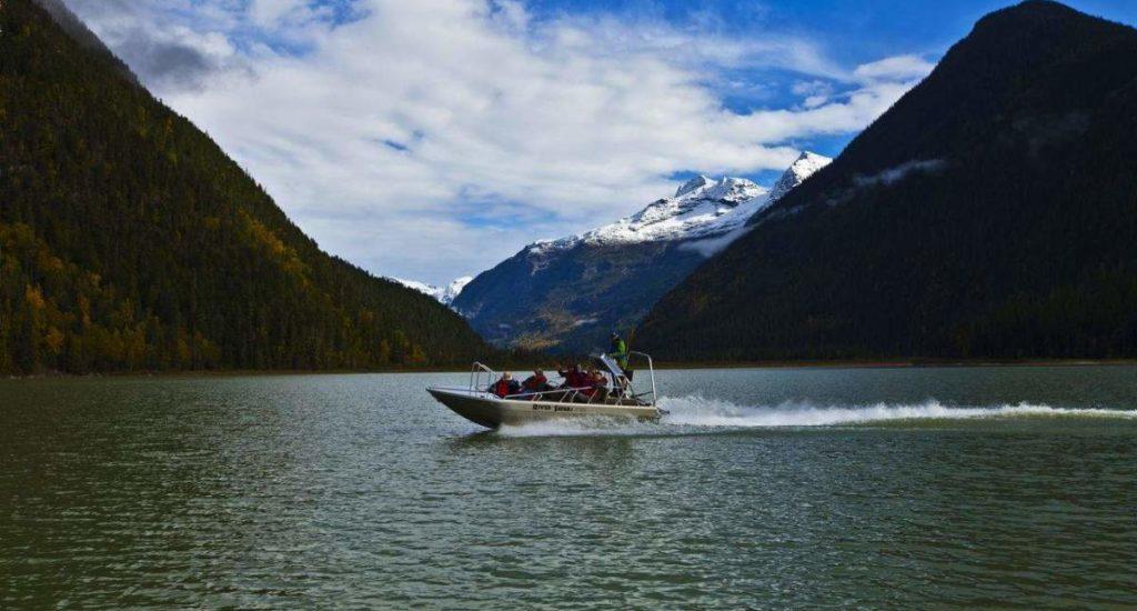 Blue River safari boat - JV_result