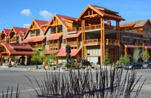 Moose hotel exterior 2 - JV