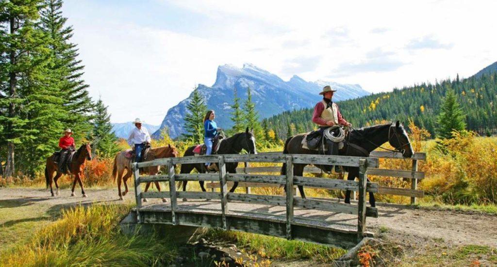 Sundance Loop Horseride - 1