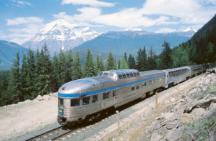 Van_033122_Canadian - Via Rail