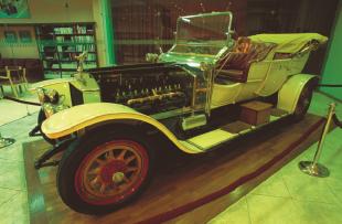 Royal-Automobile-Museum-Visit-Jordan1