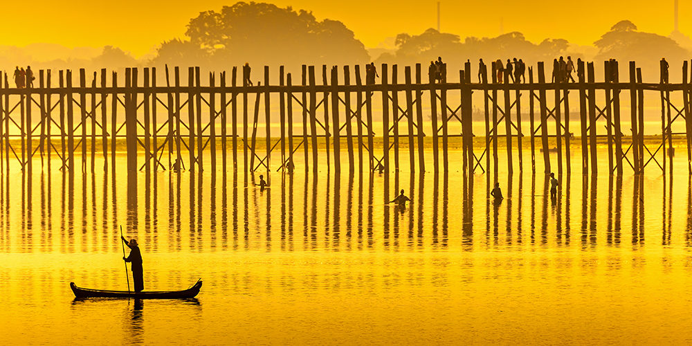 Sunset in U Bein bridge, Myanmar.