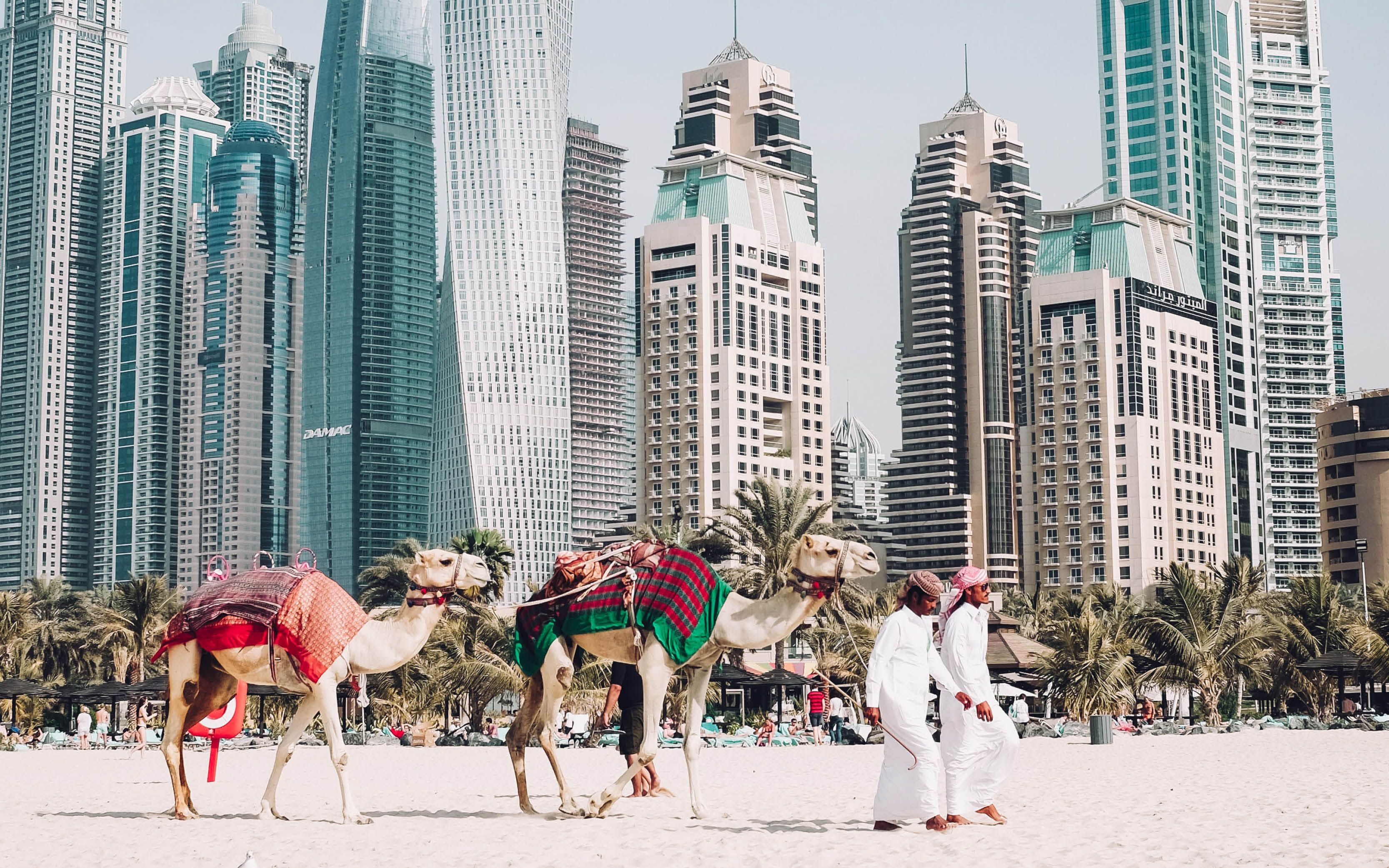 Dubai modern and traditional - last-minute holiday