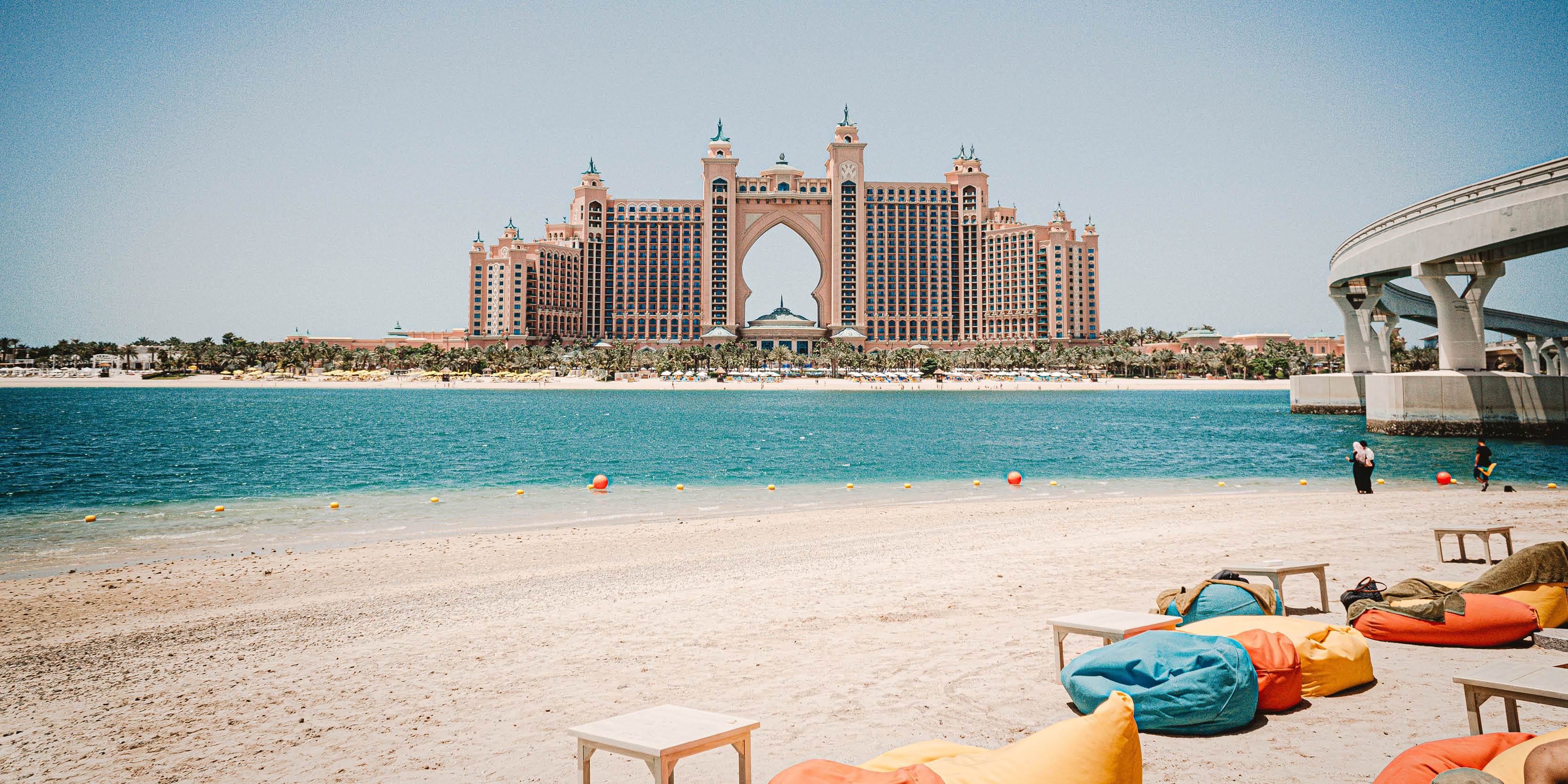 Dubai beach club Last-minute holiday