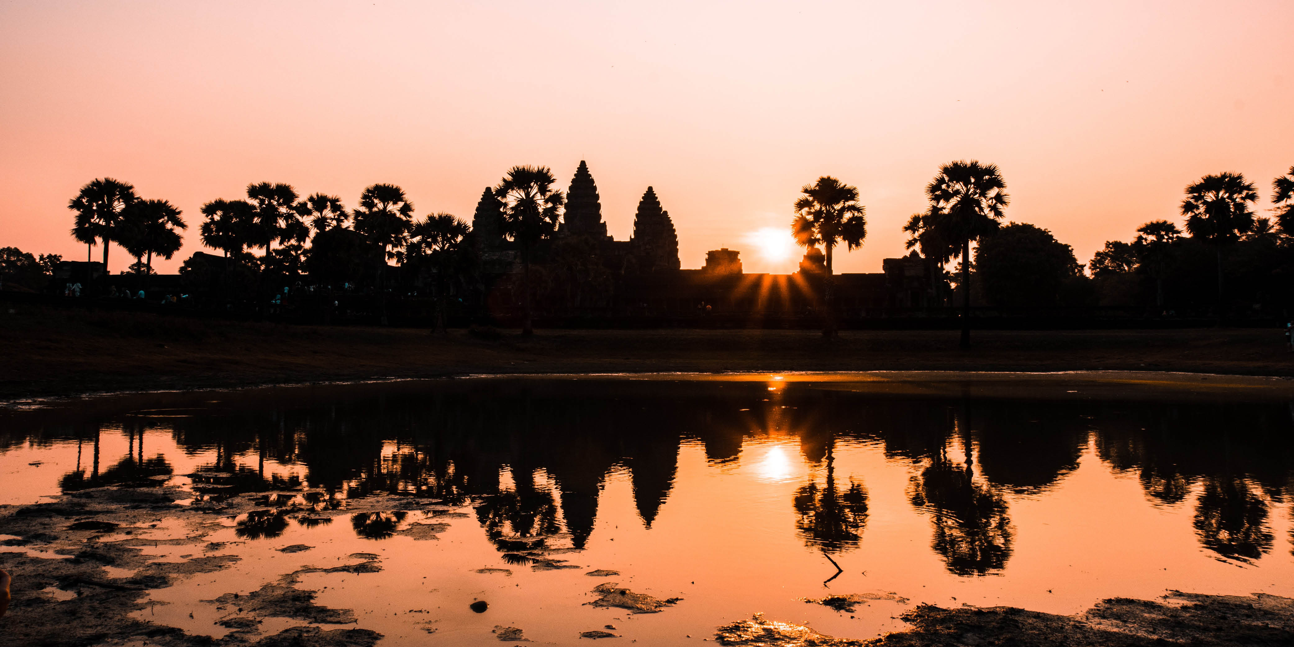 Visit Angkor Wat, Cambodia with Holiday Architects 2021 holiday ideas